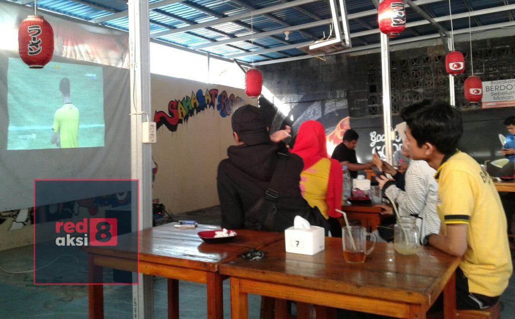 Meski Barito Putera kalah 2 - 0 dari tuan rumah Bali United Bartman Banjarbaru  tetap komitmen dukung timnya